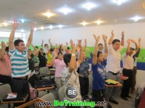 Internet-marketing-be-training-doanh-nhan-thoi-dai-lam-giau-lam-chu (11)